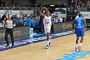 DESCRIZIONE : Cantu, Lega A 2015-16 Acqua Vitasnella Cantu' Enel Brindisi<br /> GIOCATORE : Awudu Abass<br /> CATEGORIA : Esultanza<br /> SQUADRA : Acqua Vitasnella Cantu'<br /> EVENTO : Campionato Lega A 2015-2016<br /> GARA : Acqua Vitasnella Cantu' Enel Brindisi<br /> DATA : 31/10/2015<br /> SPORT : Pallacanestro <br /> AUTORE : Agenzia Ciamillo-Castoria/I.Mancini<br /> Galleria : Lega Basket A 2015-2016  <br /> Fotonotizia : Cantu'  Lega A 2015-16 Acqua Vitasnella Cantu'  Enel Brindisi<br /> Predefinita :