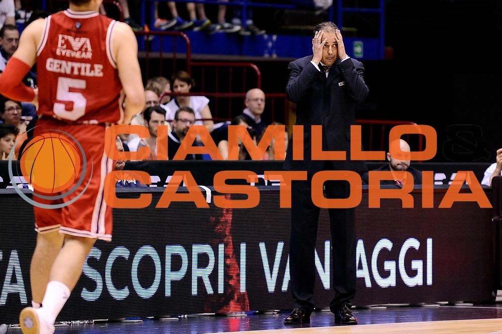 DESCRIZIONE : Milano Lega A 2014-2015 EA7 Emporio Armani Milano Giorgio Tesi Group Pistoia<br /> GIOCATORE : Paolo Moretti<br /> CATEGORIA : delusione<br /> SQUADRA : Giorgio Tesi Group Pistoia<br /> EVENTO : Campionato Lega A 2014-2015<br /> GARA : EA7 Emporio Armani Milano Giorgio Tesi Group Pistoia<br /> DATA : 10/05/2015<br /> SPORT : Pallacanestro<br /> AUTORE : Agenzia Ciamillo-Castoria/Max.Ceretti<br /> GALLERIA : Lega Basket A 2014-2015<br /> FOTONOTIZIA : Milano Lega A 2014-2015 EA7 Emporio Armani Milano Giorgio Tesi Group Pistoia<br /> PREDEFINITA :