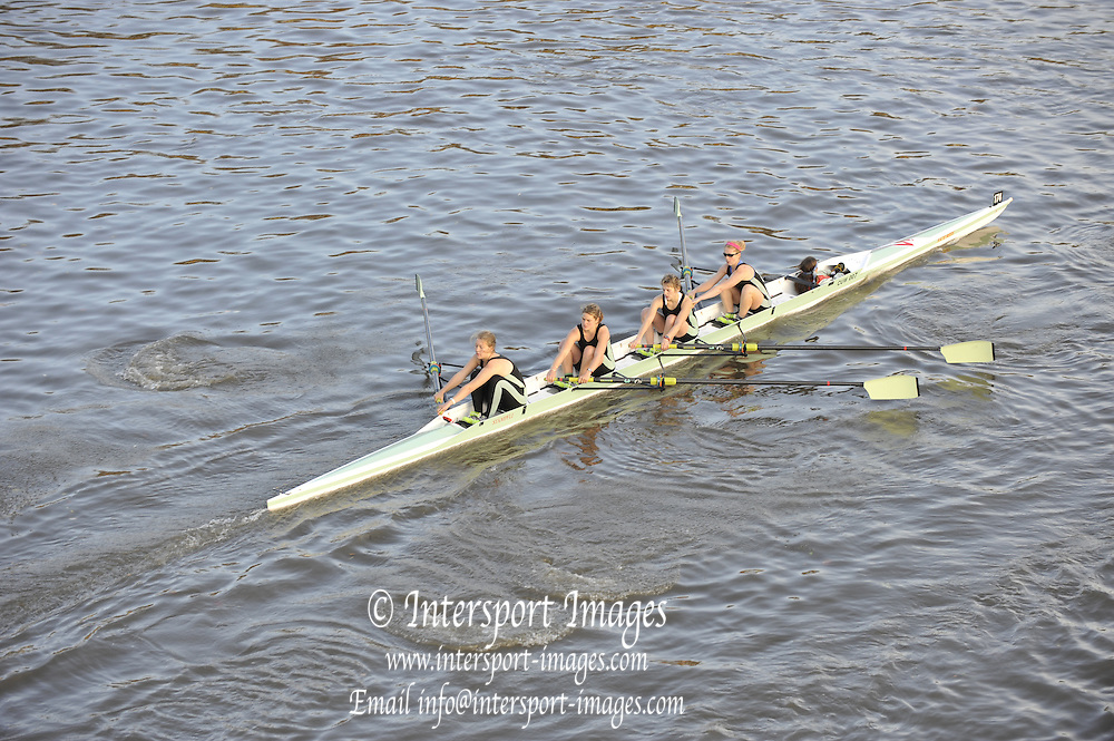 London, Great Britain,  CUWBC, IM3 W4+ at the start of the 2009Veterans Fours of the River Race, raced over the Championship Course, Mortlake to Putney, on the River Thames.   Sunday, 15/11/2008. [Mandatory Credit: Karon Phillips/Intersport Images]