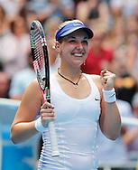 Australian Open 2012, Melbourne Park,ITF Grand Slam Tennis Tournament ,Sabine Lisicki (GER) jubelt nach ihrem Sieg,Jubel,Emotion,Einzelbild,.Halbkoerper,Hochformat,