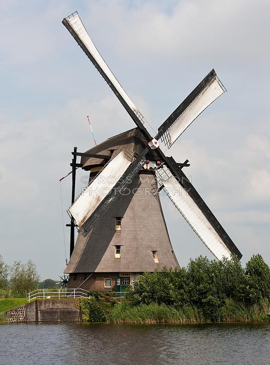 The windmills of kinderdjik, August 2011