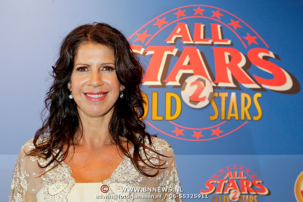 NLD/Amsterdam/20111010 - Premiere All Stars 2, Isa Hoes