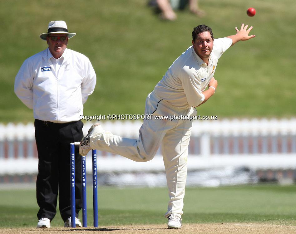 Wellington bowler Jesse Ryder.<br />State Championship Cricket 2007/08 Season, Wellington v Canterbury.<br />Basin Reserve, Saturday 1 December 2007. Photo: Andrew Cornaga/PHOTOSPORT