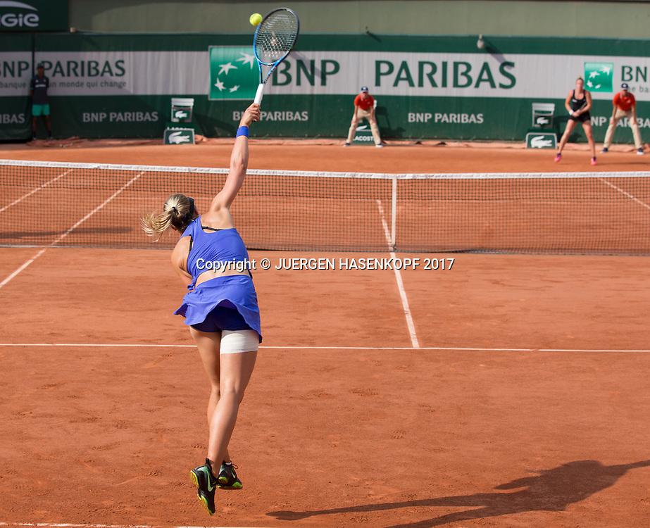 CARINA WITTHOEFT (GER) Aufschlag, von hinten, Rueckenansicht<br /> <br /> Tennis - French Open 2017 - Grand Slam / ATP / WTA / ITF -  Roland Garros - Paris -  - France  - 1 June 2017.