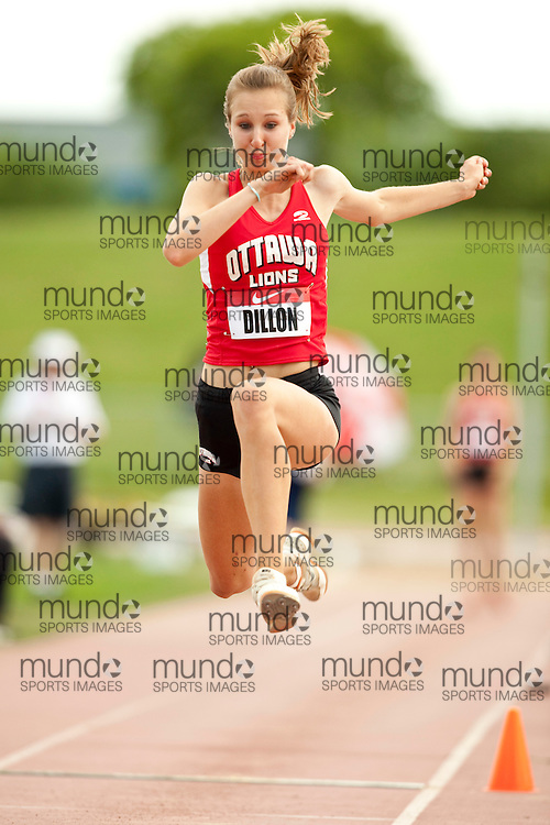 Winnipeg, Manitoba ---11-07-10---   Krista Dillon competes in the triple jump at the 2011 Canadian Junior National Track and Field Championships in Winnipeg, Manitoba,  July 10, 2011..GEOFF ROBINS/ Mundo Sport Images.