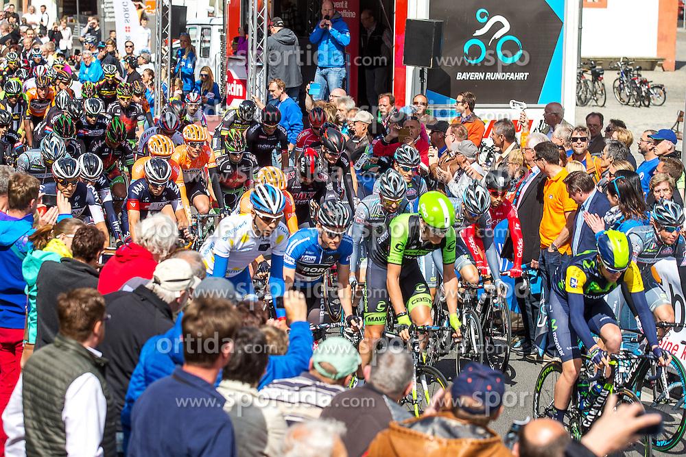 Radsport: 36. Bayern Rundfahrt 2015 / 5. Etappe, Hassfurt - Nuernberg, 17.05.2015<br /> Cycling: 36th Tour of Bavaria 2015 / Stage 5, <br /> Hassfurt - Nuernberg, 17.05.2015<br /> Start,