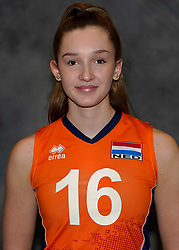 24-12-2019 NED: Photoshoot selection of Orange Youth Girls, Arnhem<br /> Orange Youth Girls 2019 - 2020 / Marlijn Stelwagen #16
