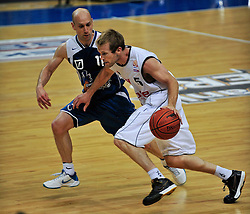 09.06.2010, Ballsporthalle, Frankfurt, GER, 1.BBL - Play Off Finale, Deutsche Bank Skyliners vs Brose Baskets Bamberg, im Bild Pascal Roller (Skyliners GER #11), John Goldsberry (Bamberg #5),   EXPA Pictures © 2010, PhotoCredit: EXPA/ nph/  Roth / SPORTIDA PHOTO AGENCY