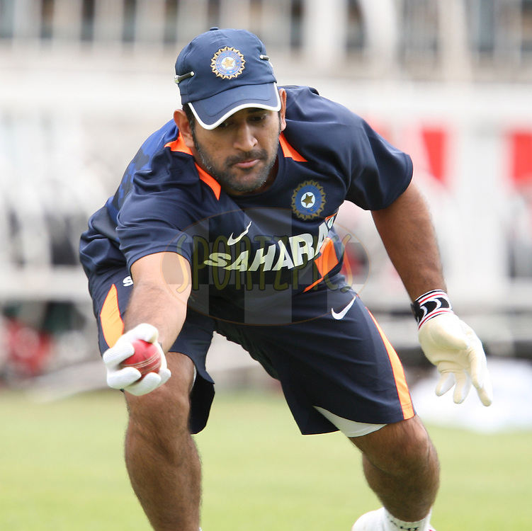 Mahendra Singh Dhoni (capt) during India team practice sessions held at Kingsmead Stadium in Durban on Christmas Day, 25th December.  ( The second test match between South Africa and India is due to start on 26th December 2010 at Kingsmead )..Photo by Steve Haag/BCCI/SPORTZPICS