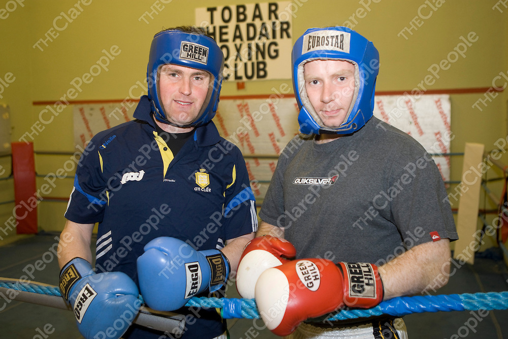 23/5/2012  Training for the forthcoming white boxing tournament in Beagh GAA club were Eamonn Taffe, Tubber and Ger Broughan, Tubber.<br /> Photograph Liam Burke/Press 22