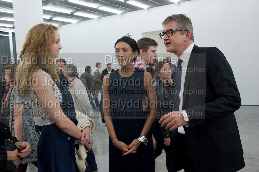 LILY COLE; JAY JOPLING, Opening of new White Cube Gallery in Bermondsey. London. 11 October 2011. <br /> <br />  , -DO NOT ARCHIVE-© Copyright Photograph by Dafydd Jones. 248 Clapham Rd. London SW9 0PZ. Tel 0207 820 0771. www.dafjones.com.
