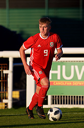 BANGOR, WALES - Monday, October 15, 2018: Wales' Issak Davies during the UEFA Under-19 International Friendly match between Wales and Poland at the VSM Bangor Stadium. (Pic by Paul Greenwood/Propaganda)