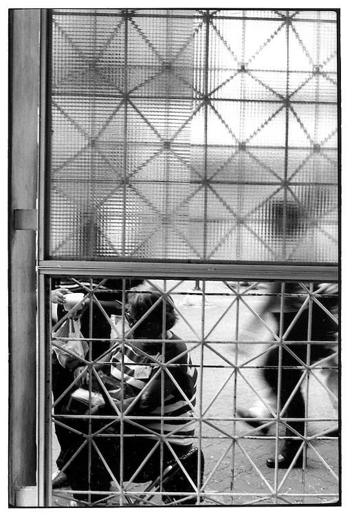 CIUDADA<br /> Caracas - Venezuela 1998 - 2000. <br /> (Copyright &copy; Aaron Sosa)