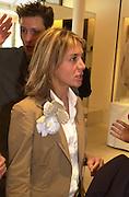 Sahar Hashemi. Celine fashion show and lunch. New Bond St. London. 8 May 2001. © Copyright Photograph by Dafydd Jones 66 Stockwell Park Rd. London SW9 0DA Tel 020 7733 0108 www.dafjones.com
