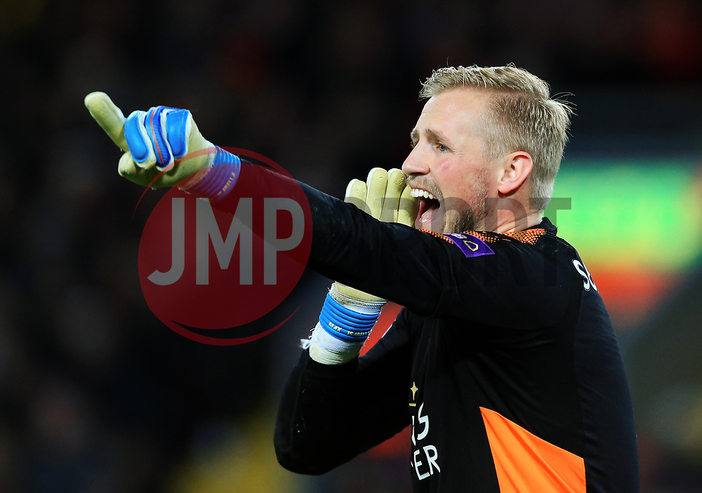 Kasper Schmeichel of Leicester City points - Mandatory by-line: Matt McNulty/JMP - 30/12/2017 - FOOTBALL - Anfield - Liverpool, England - Liverpool v Leicester City - Premier League