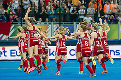 England players celebrate after beating The Netherlands. England v The Netherlands - Final Unibet EuroHockey Championships, Lee Valley Hockey & Tennis Centre, London, UK on 30 August 2015. Photo: Simon Parker