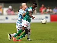 FODBOLD: Mads Aaquist (FC Helsingør) prøver at stoppe Samuel Adjei (Næstved) under kampen i Bet25 Ligaen mellem FC Helsingør og Næstved Boldklub den 2. august 2015 på Helsingør Stadion. Foto: Claus Birch
