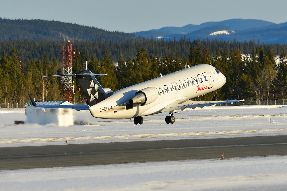 Air Canada Jazz Bombardier CRJ-200 Star Alliance