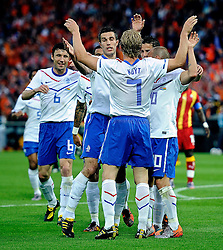 01.06.2010, Stadium De Kuip, Rotterdam, NLD, FIFA Worldcup Vorbereitung, Netherlands vs Ghana, im Bild Dirk Kuyt scired the first goal for Holland and celebrate it with Robin van Persie, wesley Sneijder and Mark van Bommel.. EXPA Pictures © 2010, PhotoCredit: EXPA/ nph/ Hoogendoorn / SPORTIDA PHOTO AGENCY