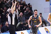 DESCRIZIONE : Cremona Lega A 2015-2016 Vanoli Cremona Manital Torino<br /> GIOCATORE : Fabio Mian<br /> SQUADRA : Vanoli Cremona<br /> EVENTO : Campionato Lega A 2015-2016<br /> GARA : Vanoli Cremona Manital Torino<br /> DATA : 14/02/2016<br /> CATEGORIA : Ritratto Esultanza<br /> SPORT : Pallacanestro<br /> AUTORE : Agenzia Ciamillo-Castoria/F.Zovadelli<br /> GALLERIA : Lega Basket A 2015-2016<br /> FOTONOTIZIA : Cremona Campionato Italiano Lega A 2015-16  Vanoli Cremona Manital Torino <br /> PREDEFINITA : <br /> F Zovadelli/Ciamillo