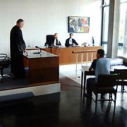 Rechtbankzitting opgevoerde brommer via de rollerbank, kantongerecht Hilversum, rechtbank