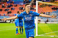 ARNHEM - 08-11-2015, Vitesse - AZ, Gelredome Stadion, AZ speler Markus Henriksen juicht nadat hij de 0-2 heeft gescoord.