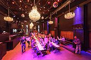 """""""Easy Date"""" speed dating event in Antwerp, Belgium. (Photo © Jock Fistick)"""