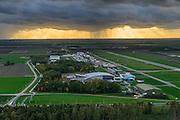 Nederland, Flevoland, Lelystad, 23-10-2013; Vliegveld Lelystad Airport met startbaan en landingsbaan 05-23. Linksonder geparkeerde  Boeing 747 bij het Aviodrome.<br /> Lelystad Airport with runway. The parked  Boeing 747 belongs to the themepark Aviodrome.<br /> luchtfoto (toeslag op standard tarieven);<br /> aerial photo (additional fee required);<br /> copyright foto/photo Siebe Swart