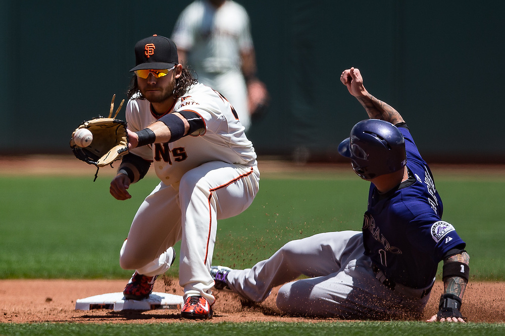 Brandon Crawford (fielding) and Brandon Barnes (#1), 2015.