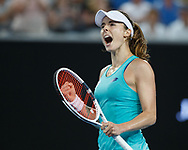 ALIZÉ CORNET (FRA) macht die Faust und jubelt nach ihrem Sieg,Jubel, Emotion,<br /> <br /> Tennis - Australian Open 2018 - Grand Slam / ATP / WTA -  Melbourne  Park - Melbourne - Victoria - Australia  - 17 January 2018.