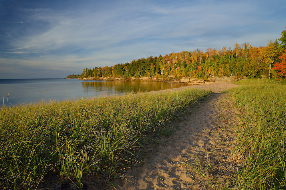 Fall colors line the Lake Superior shore<br />