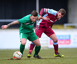 DANNY GREEN CHESHAM UNITED BATTLES WITH CHARLIE SMITH HITCHIN TOWN Chesham United v Hitchin Town Evostik Southern Premier Division, Saturday 10th March 2018, Score 0-0