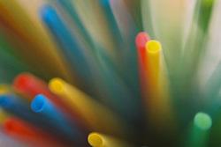 Detalhe de canudinhos coloridos . FOTO: Jefferson Bernardes/Preview.com