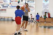 DESCRIZIONE : Alba Adriatica Nazionale Femminile Allenamento con i ragazzi di Special Crabs<br /> GIOCATORE : Manuela Ramon<br /> SQUADRA : Nazionale Italia Donne<br /> EVENTO : Raduno Collegiale Nazionale Femminile <br /> GARA : <br /> DATA : 23/05/2009 <br /> CATEGORIA : <br /> SPORT : Pallacanestro <br /> AUTORE : Agenzia Ciamillo-Castoria/C.De Massis