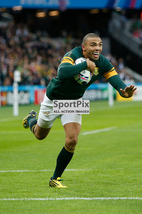 LONDON, ENGLAND - OCTOBER 7:  Bryan Habana of South Africa scores during the 2015 Rugby World Cup Pool B match between South Africa and USA at The Stadium, Queen Elizabeth Olympic Park on October 7, 2015 in London, England. (Credit: SAM TODD | SportPix.org.uk)