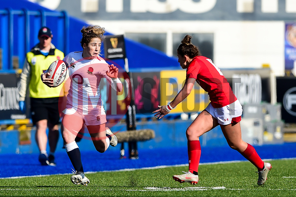 Abby Dow of England Women is marked by Jess Kavanagh of Wales Women - Mandatory by-line: Ryan Hiscott/JMP - 24/02/2019 - RUGBY - Cardiff Arms Park - Cardiff, Wales - Wales Women v England Women - Women's Six Nations