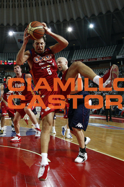 DESCRIZIONE : Roma Lega A1 2007-08 Playoff Quarti di finale Gara 1 Lottomatica Virtus Roma Angelico Biella<br /> GIOCATORE : Jacopo Giachetti<br /> SQUADRA : Lottomatica Virtus Roma<br /> EVENTO : Campionato Lega A1 2007-2008 <br /> GARA : Lottomatica Virtus Roma Angelico Biella<br /> DATA : 18/05/2009<br /> CATEGORIA : rimbalzo<br /> SPORT : Pallacanestro <br /> AUTORE : Agenzia Ciamillo-Castoria/E.Castoria