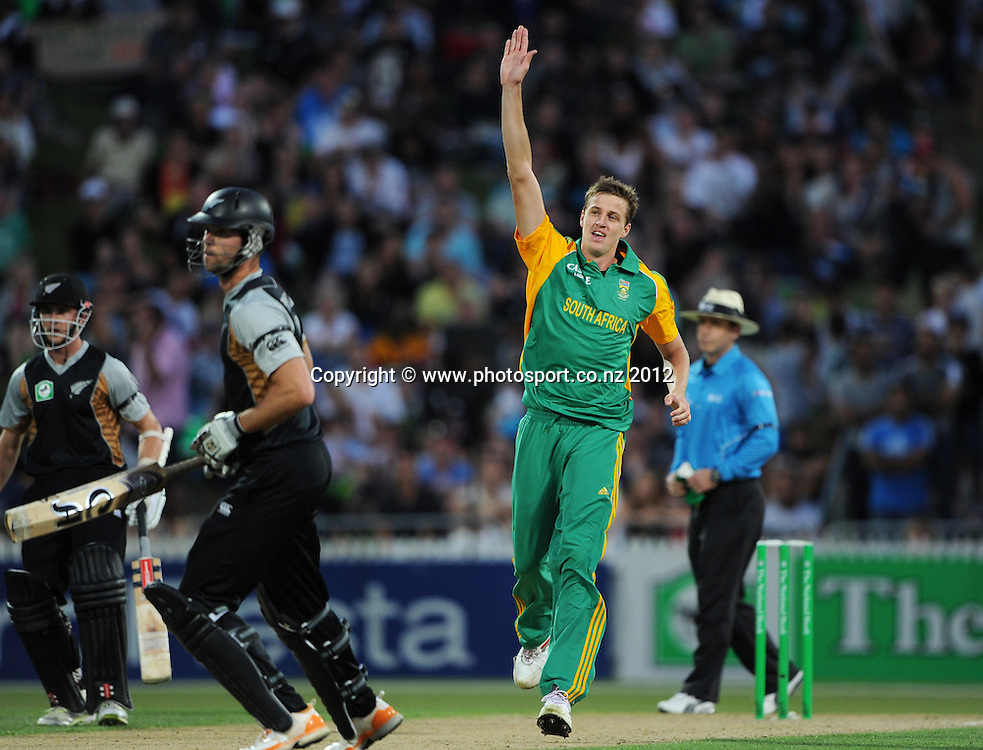 South Africa's Morne Morkel celebrates the wicket of James Franklin during the 2nd InternationaI Twenty20 cricket match between New Zealand Black Caps and South Africa at Seddon Park, Hamilton, New Zealand on Sunday 19 February 2012. Photo: Andrew Cornaga/Photosport.co.nz
