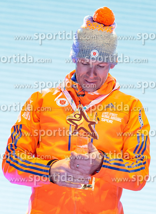 16.02.2017, Biathlonarena, Hochfilzen, AUT, IBU Weltmeisterschaften Biathlon, Hochfilzen 2017, Einzel Herren, Siegerehrung, im Bild Goldmedaillengewinner Lowell Bailey (USA) // Winner and Gold Medalist Lowell Bailey of the USA during Winer Award Ceremony of the individual Mens of the IBU Biathlon World Championships during Winner Award Ceremony of the individual Mens of the IBU Biathlon World Championships at the Biathlonarena in Hochfilzen, Austria on 2017/02/16. EXPA Pictures © 2017, PhotoCredit: EXPA/ JFK