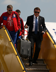 25.05.2010, Airport Salzburg, Salzburg, AUT, WM Vorbereitung, Serbien Ankunft im Bild Antic Radomir Headchoach, Nationalteam Serbien, EXPA Pictures © 2010, PhotoCredit EXPA R. Hackl / SPORTIDA PHOTO AGENCY