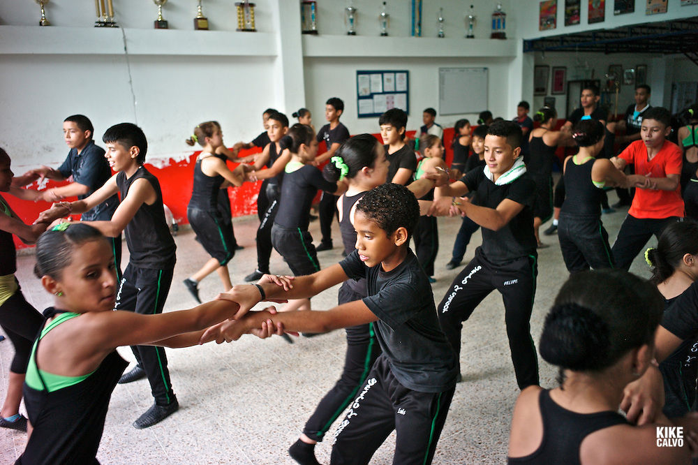 Sabor y Estilo Salsa School, a famous academy in Cali, were the top salsa dancers of the world train since a very early age