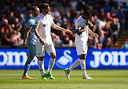 Leroy Fer of Swansea City looks dejected as he goes off with an injury.  - Mandatory by-line: Alex James/JMP - 22/04/2017 - FOOTBALL - Liberty Stadium - Swansea, England - Swansea City v Stoke City - Premier League