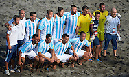 The Argentina team have their photo taken at the Copa Pilsener 2016.