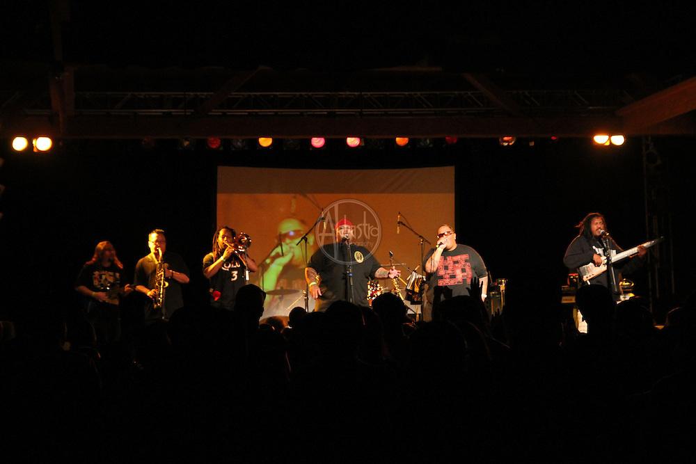 Ekolu performing at FallFest '13 at Showbox SODO.