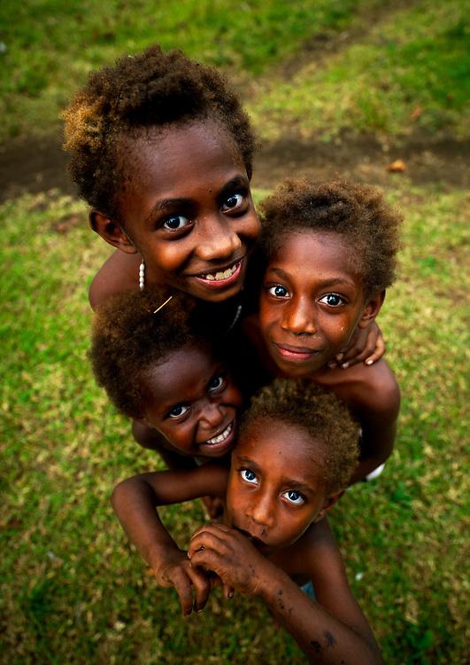 Vanuatu, Malampa Province, Malekula Island, kids smiling