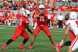 21 October 2017:   Jake Kolbe hands off to James Robinson during the South Dakota Coyotes at Illinois State Redbirds Football game at Hancock Stadium in Normal IL (Photo by Alan Look)