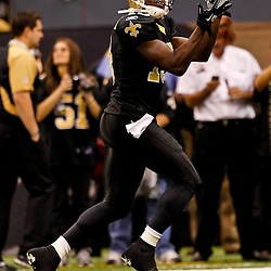 Oct 31, 2010; New Orleans, LA, USA; New Orleans Saints wide receiver Devery Henderson (19) during warm ups  prior to kickoff of a game against the Pittsburgh Steelers at the Louisiana Superdome. Mandatory Credit: Derick E. Hingle