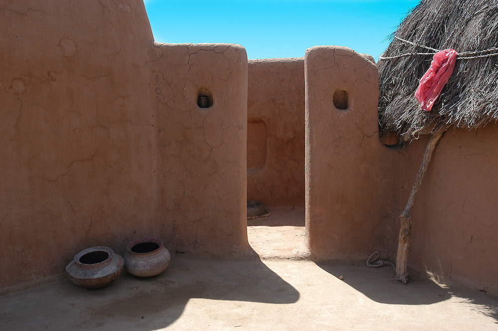 Traditionally built mud house in the Thar desert of Jaisalmer, Rajasthan (India)