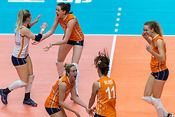 20-10-2018 JPN: Final World Championship Volleyball Women day 18, Yokohama<br /> China - Netherlands 3-0 / Kirsten Knip #1 of Netherlands, Lonneke Sloetjes #10 of Netherlands, Maret Balkestein-Grothues #6 of Netherlands, Anne Buijs #11 of Netherlands, Nicole Koolhaas #22 of Netherlands