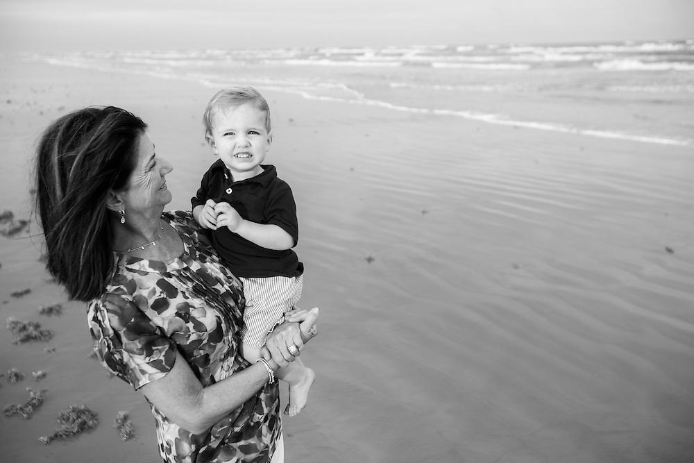 Portraits at Cinnamon Shore in Port Aransas, Texas by Tim Burdick Photography